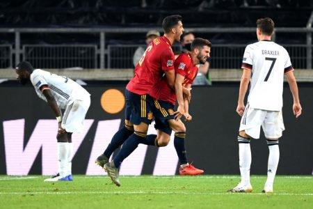 Alemanha empata com a Espanha