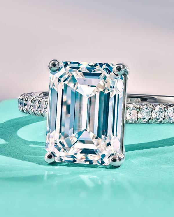 Anel da Tiffany & Co.