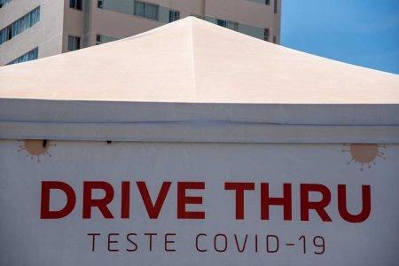 Tenda de drive-thru para teste de Covid-19