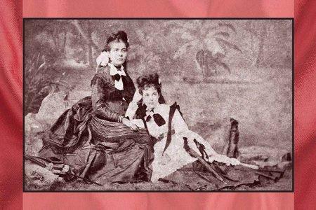 Foto em preto e branco, da capa do livro O espírito das roupas: a moda no século dezenove