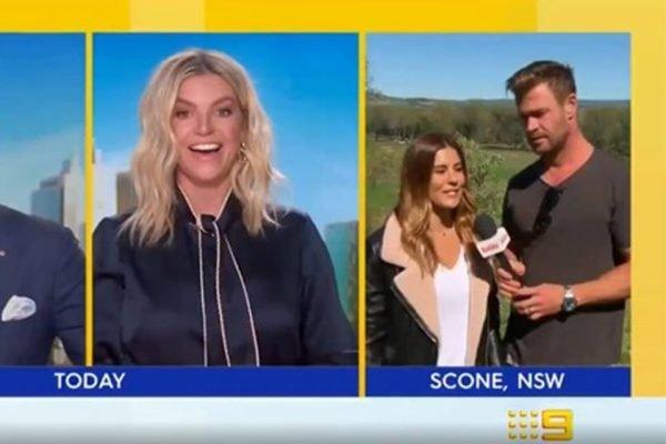 Chris Hemsworth apresenta programa ao vivo