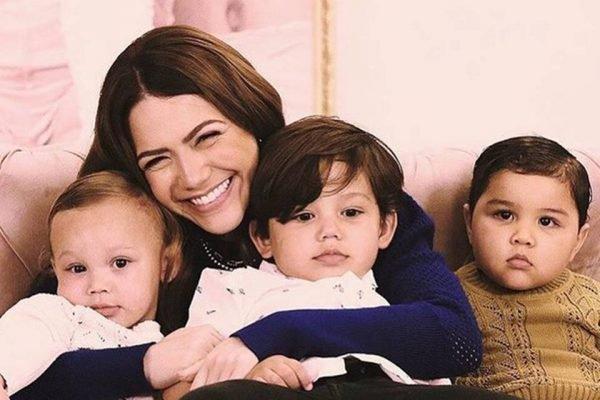 Sarah Poncio com os filhos