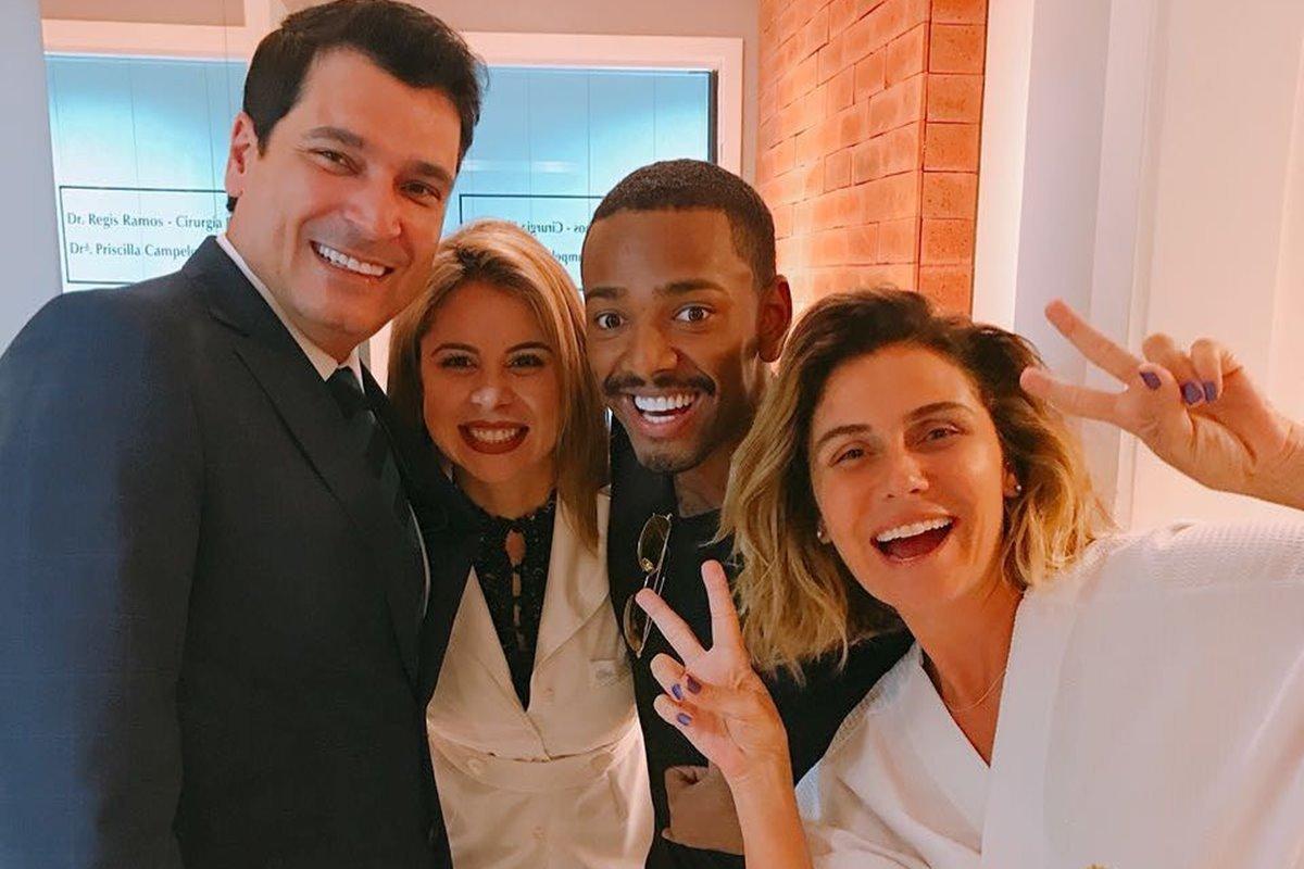 O cirurgião plástico Regis Ramos e sua mulher, a dentista Priscilla Campelo, com Nego do Borel e Giovanna Antonelli