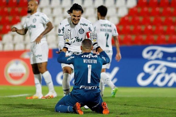 Palmeiras empata no Paraguai
