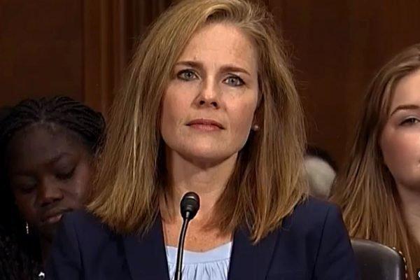Juíza Amy Coney Barrett, indiicada por Trump para a Suprema Corte dos EUA