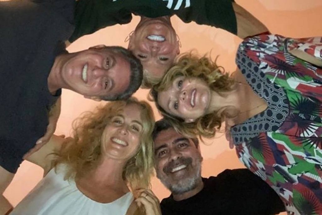 Xuxa, Angélica, Eliana, Lucian Huck e Junno Andrade