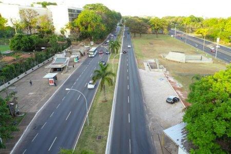Posto de gasolina do Eixinho da 109 Sul construiu e ampliou o estacionamento próximo à estação do metrô