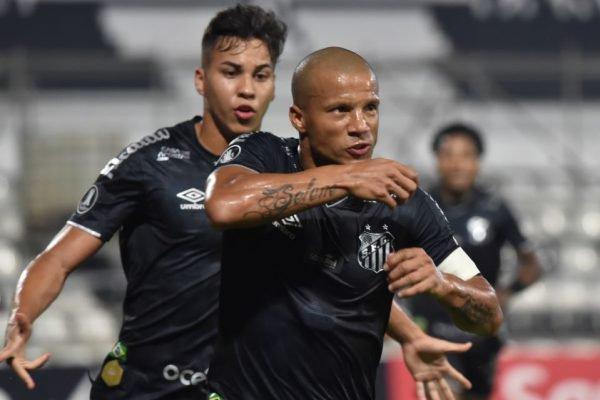 Santos se classifica na Libertadores