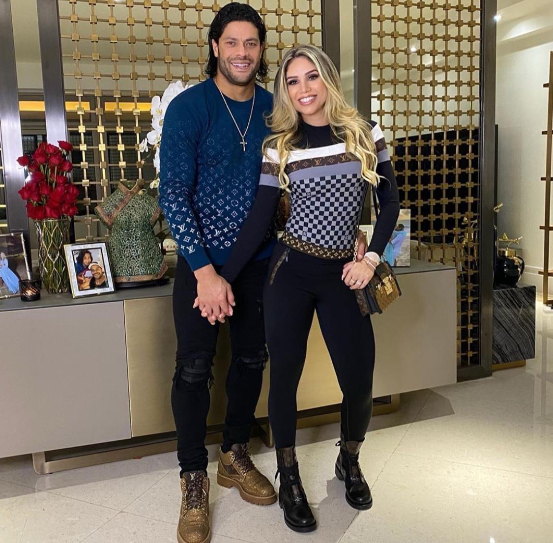 Quanto custa o outfit? Veja os looks de Hulk Paraíba e Camila Ângelo