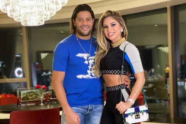 Hulk Paraíba e Camila Ângelo