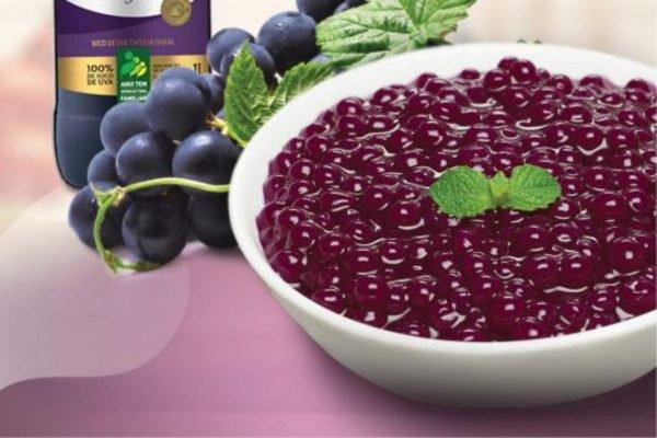 Sagu com suco de uva