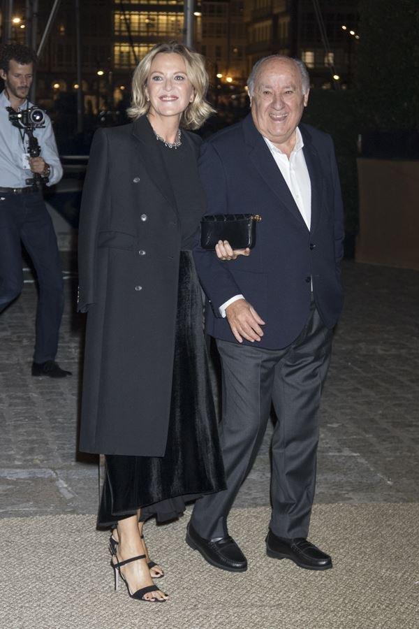 Amancio Ortega e sua companheira
