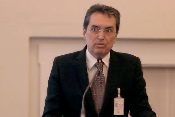Carlos Carvalho, Diretor da Divisão de Pneumologia do Instituto do Coração (InCor) do HCFMUSP