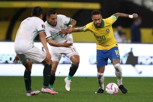 Neymar enfrenta a Bolívia