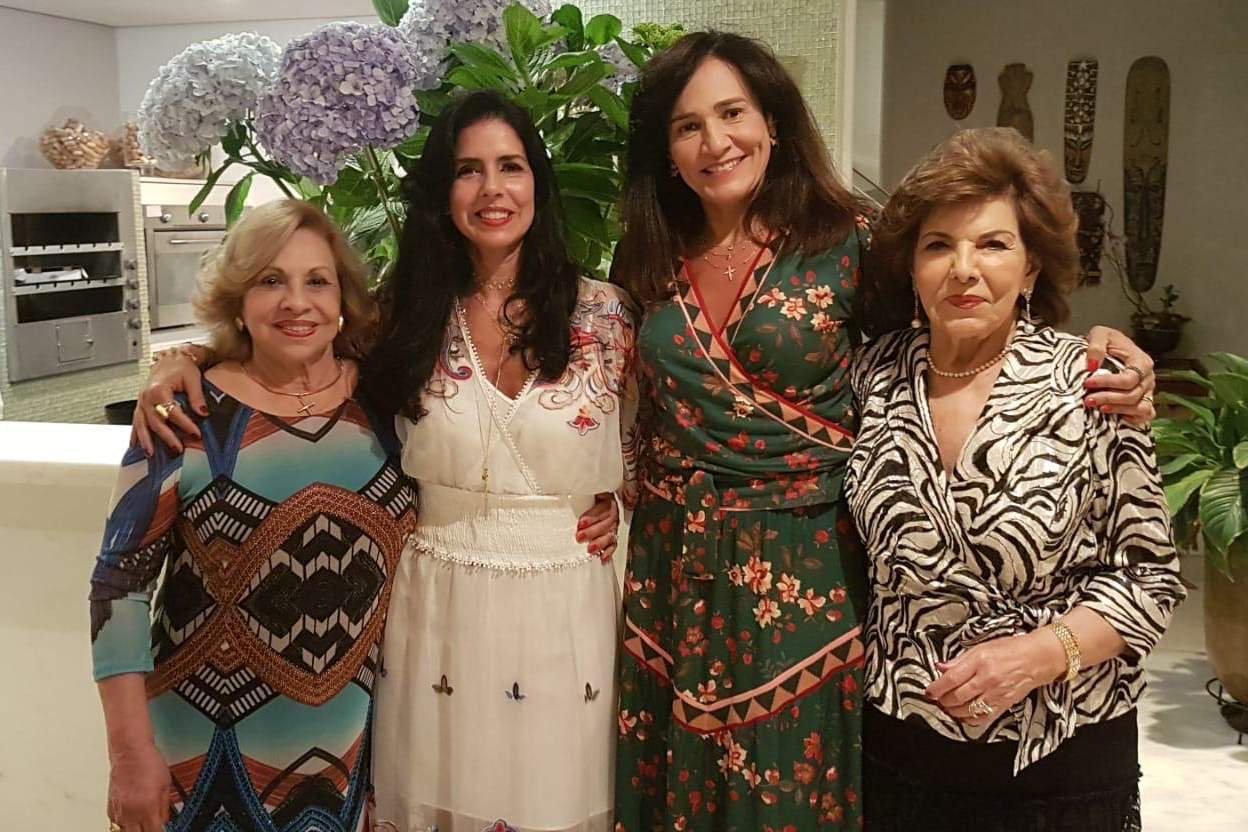 Marlene e Sônia Gontijo com Flávia e Alda Corrêa