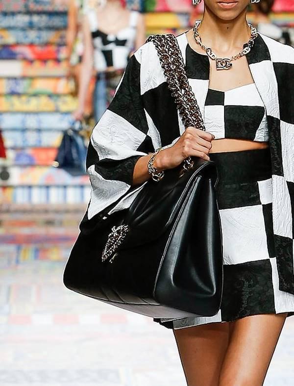 Dolce & Gabbana - bolsa com fechamento flap