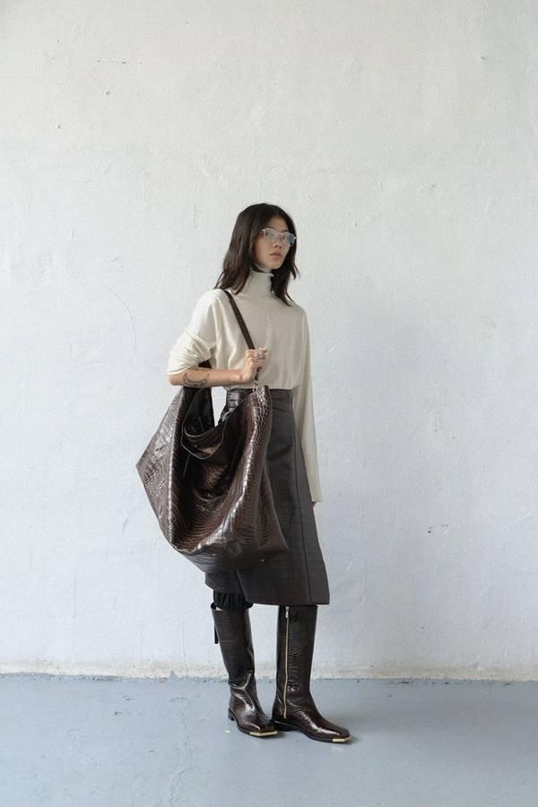 Peter Do - bolsa com textura croco