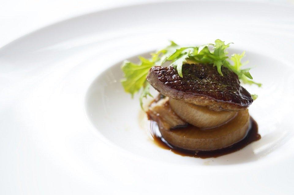 Foie gras salteado