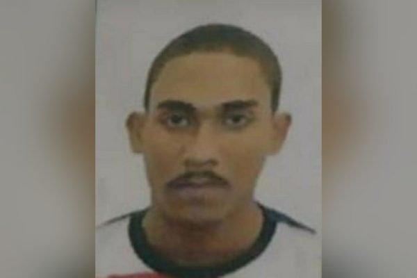 Gabriel Ribeiro Marcondes, de 20 anos, neto do Neguinho da Beija-Flor