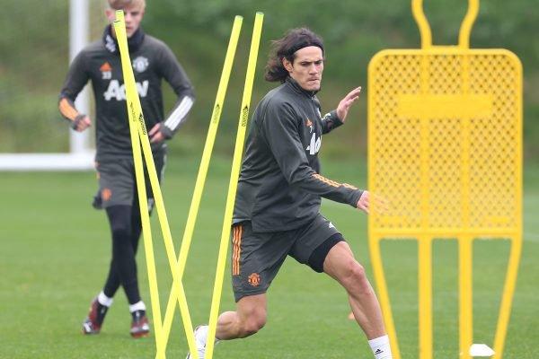 Cavani em treino do Manchester United