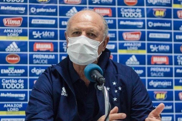 Felipão em entrevista coletiva do Cruzeiro