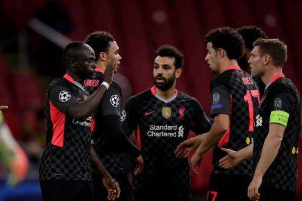 Liverpool vence o Ajax