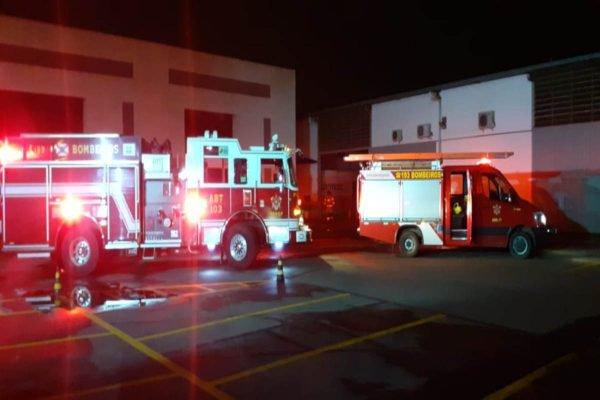 caminhão dos bombeiros