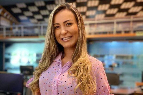 Andressa Urach revela que doou não R$ 1,5 milhão, mas R$ 2 milhões a igreja