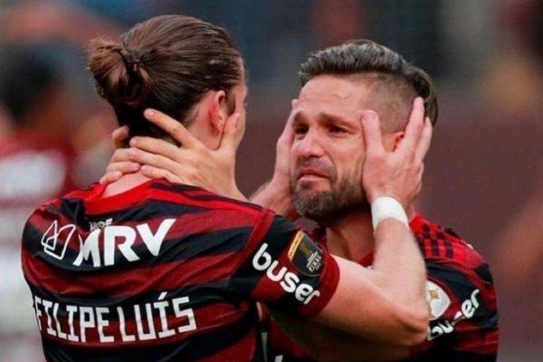 Filipe Luís e Diego