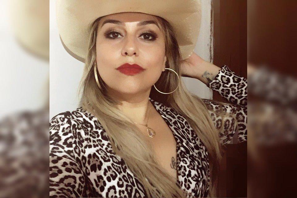 Cantora é assassinada dentro de casa em Minas Gerais