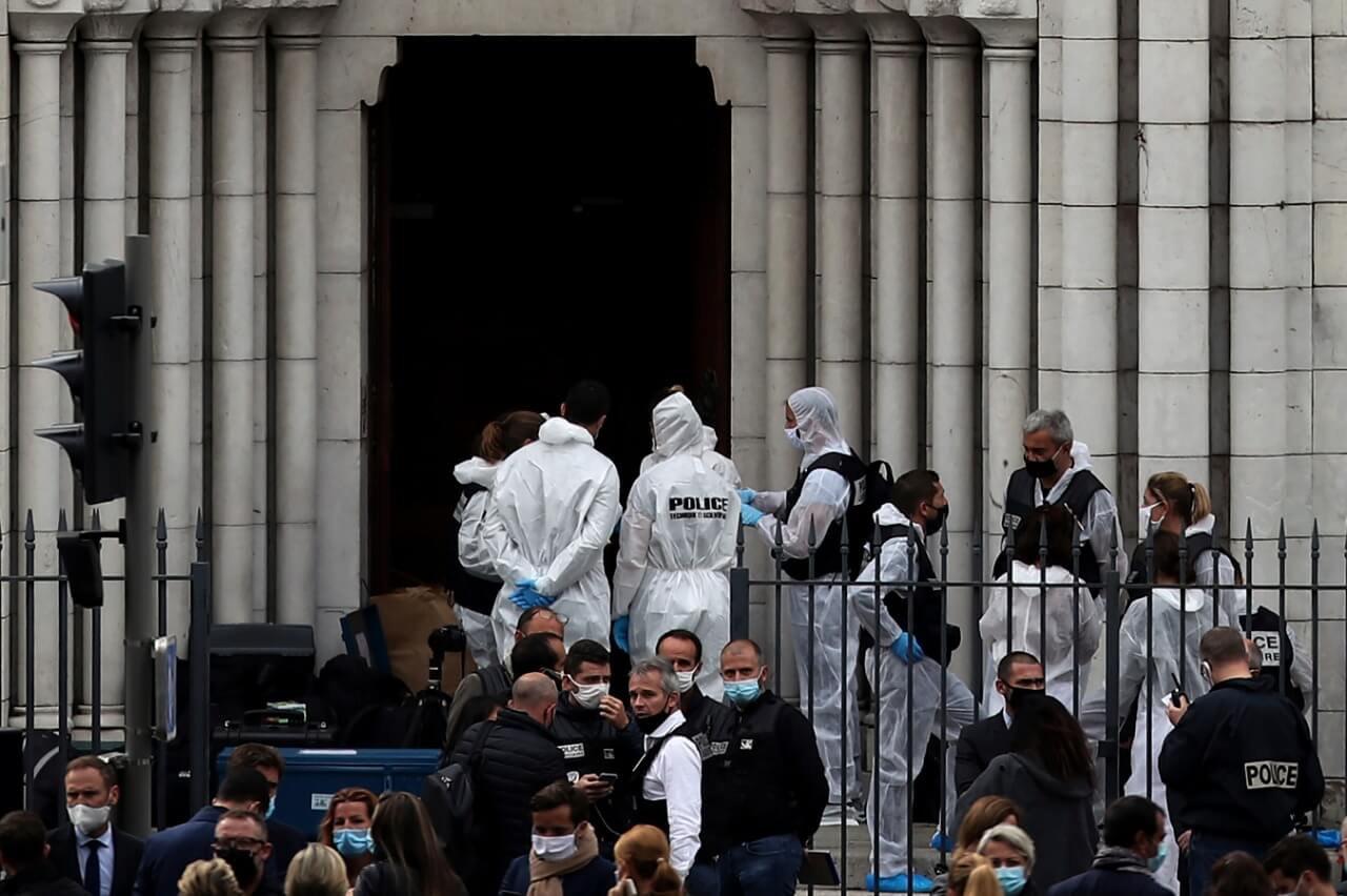 Brasileira mãe de 3 filhos é uma das vítimas de ataque terrorista na França