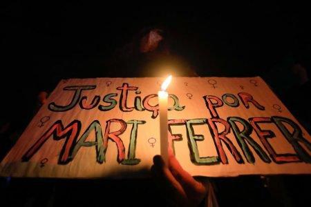 Manifestantes foram para a frente do STF um ato contra a cultura do estupro no país