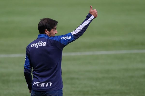 Palmeiras vence na estreia de Abel Ferreira
