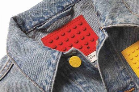 Peça da parceria Levi's x Lego