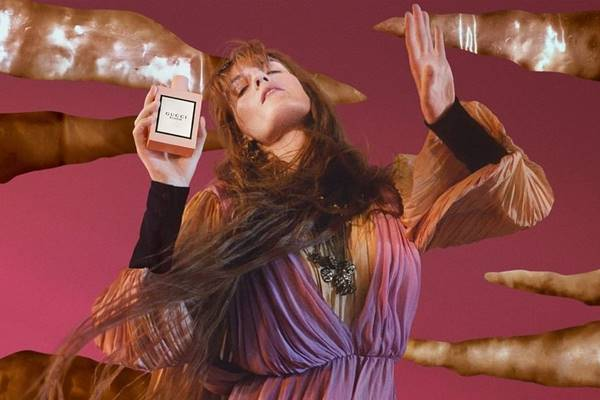 Florence Welch em campanha do perfume Gucci Bloom