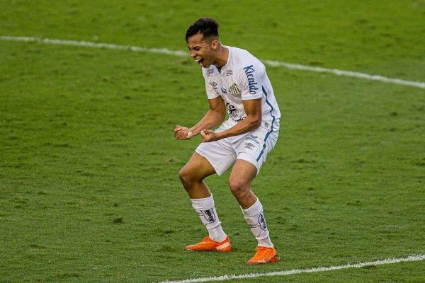 Santos vence o Internacional