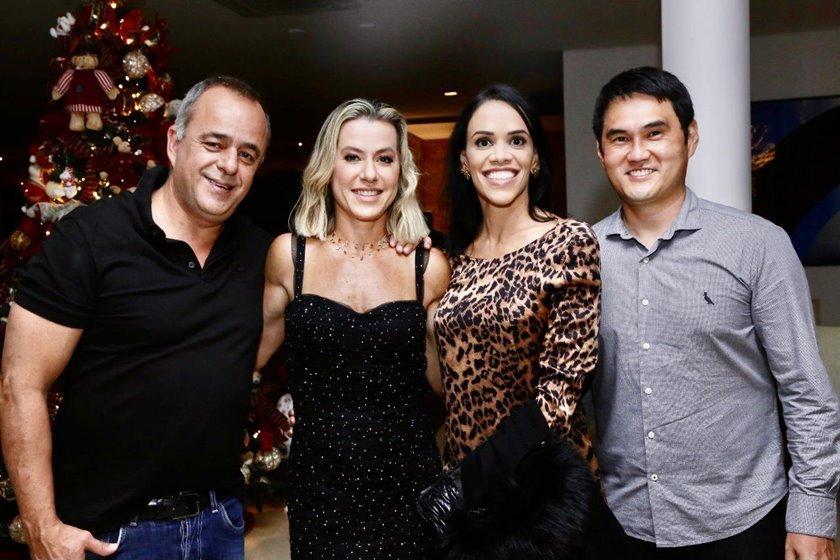 Eduardo e Flávia Toledo com Carol e Ricardo Ogata