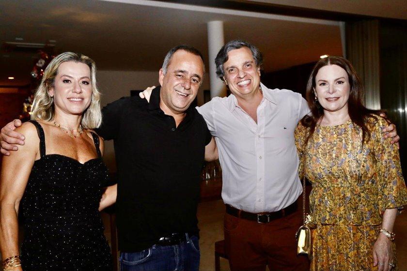 Flávia Toledo, Eduardo Toledo, Arthur Cezar Cardoso e Isabela Lira