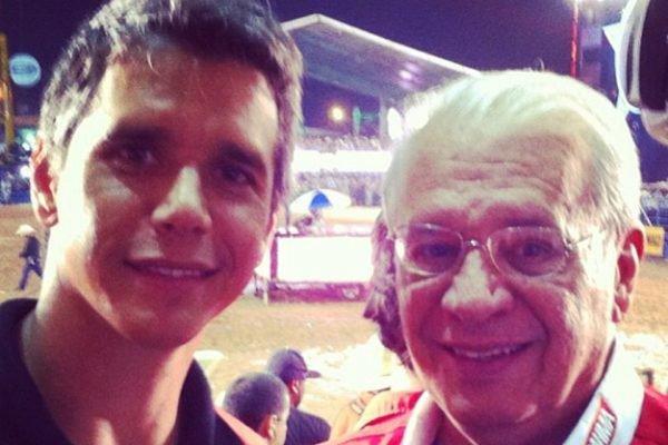 """Marcio Garcia diz que pai está em estado grave: """"Fiz pouco caso da Covid"""""""
