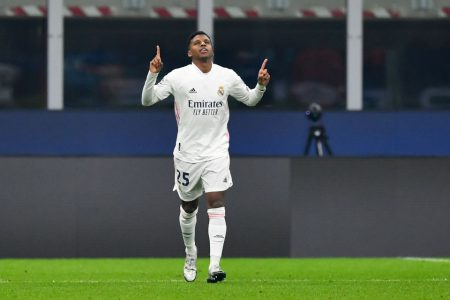 Real Madrid vence a Inter