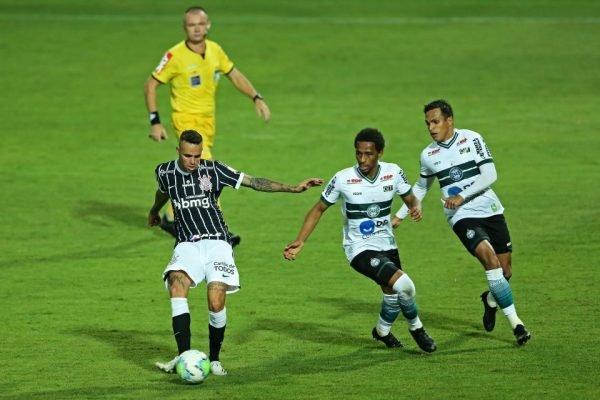 Corinthians vence o Coritiba