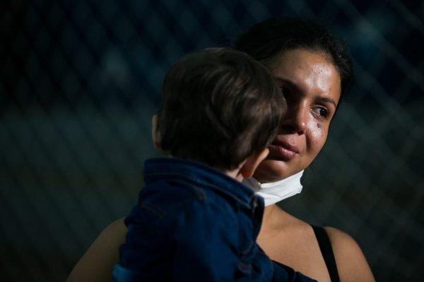Sônia Vilhena, 23, perdeu marido e mãe em acidente em sp