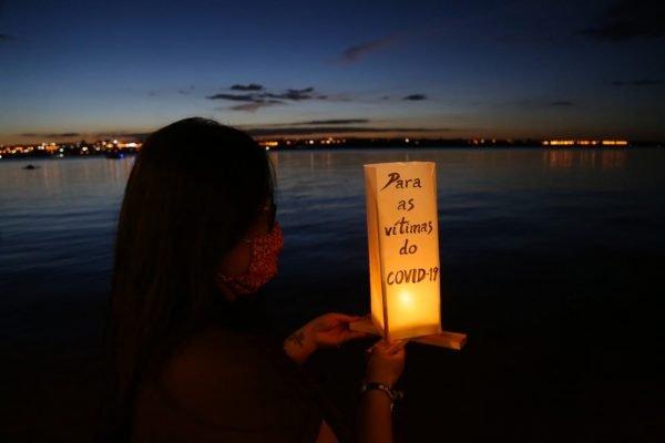 Festival Tooro Nagashi em Brasília, lanternas iluminam o lago Paranoá em homenagem os mortos 6