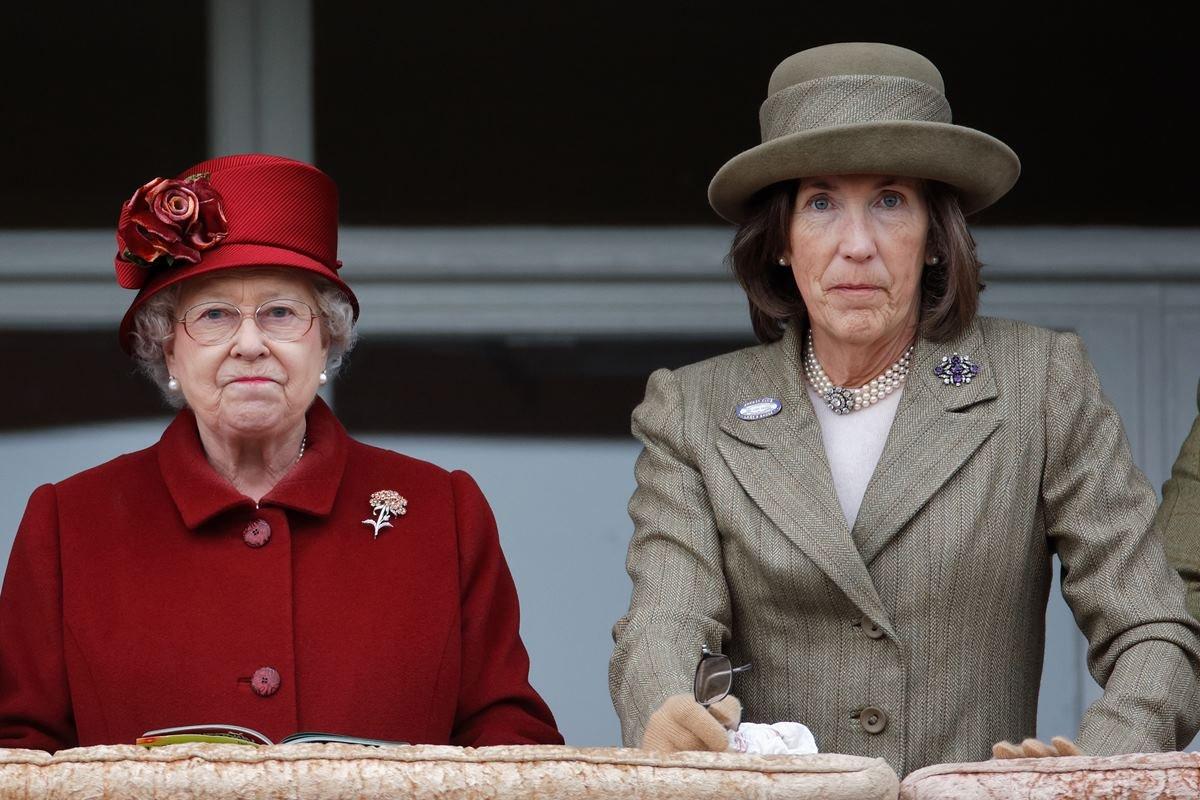 Rainha Elizabeth e Lady Celia Vestey