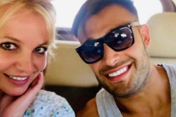 Britney e Sam Asghari
