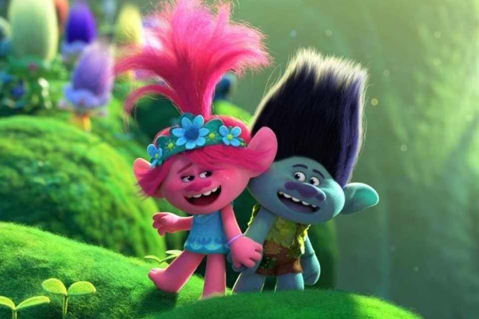 Princesa Poppy e Tronco são os protagtonistas de Trolls 2