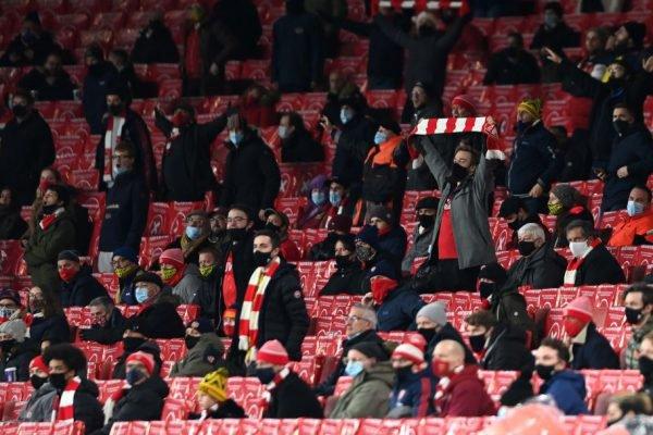 Presença de público no jogo do Arsenal