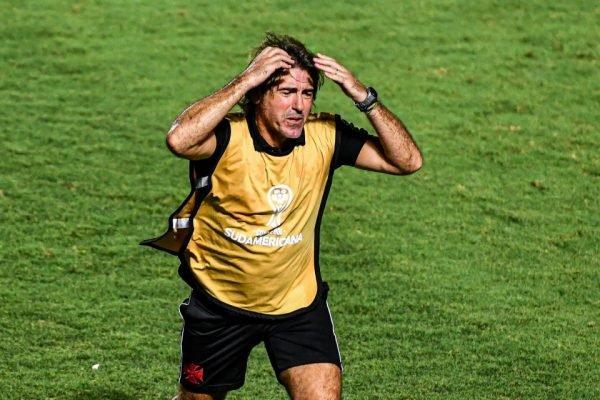 Vasco perde na Sul-Americana