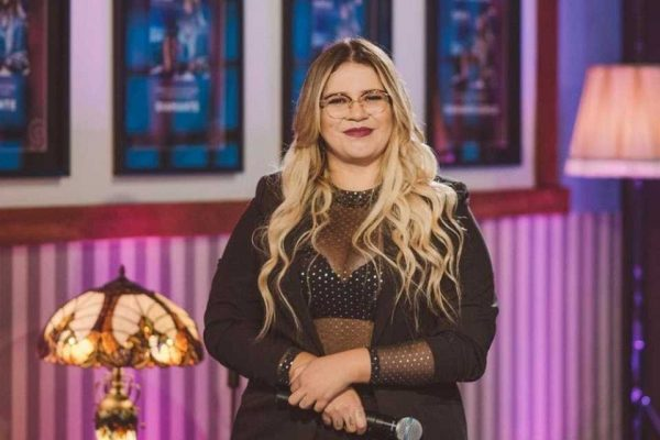 Marilia Mendonça lança música nova