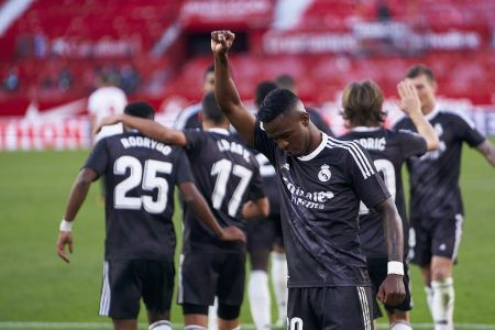 Vinicius Jr comemora gol do Real Madrid